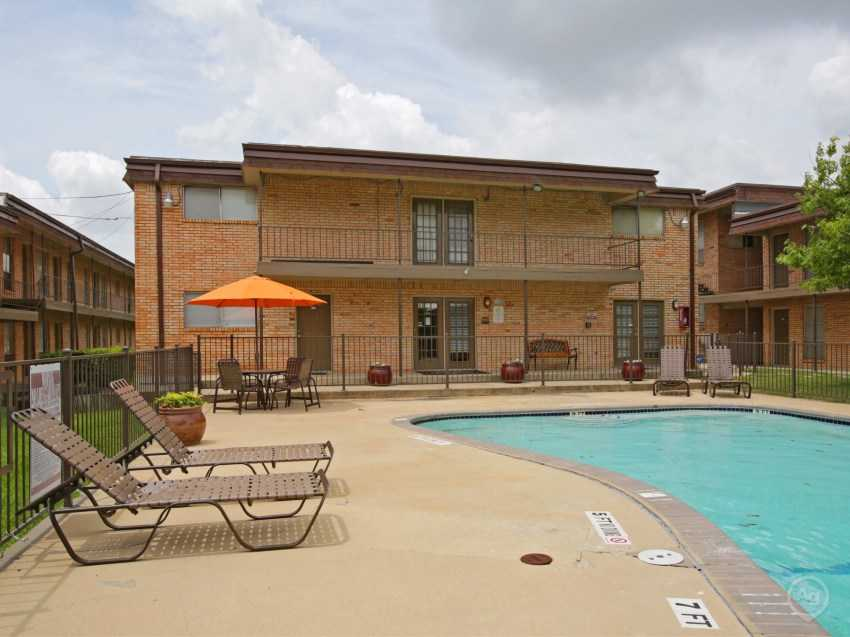 Bridgewater Retreat Apartments Amg Realty Group